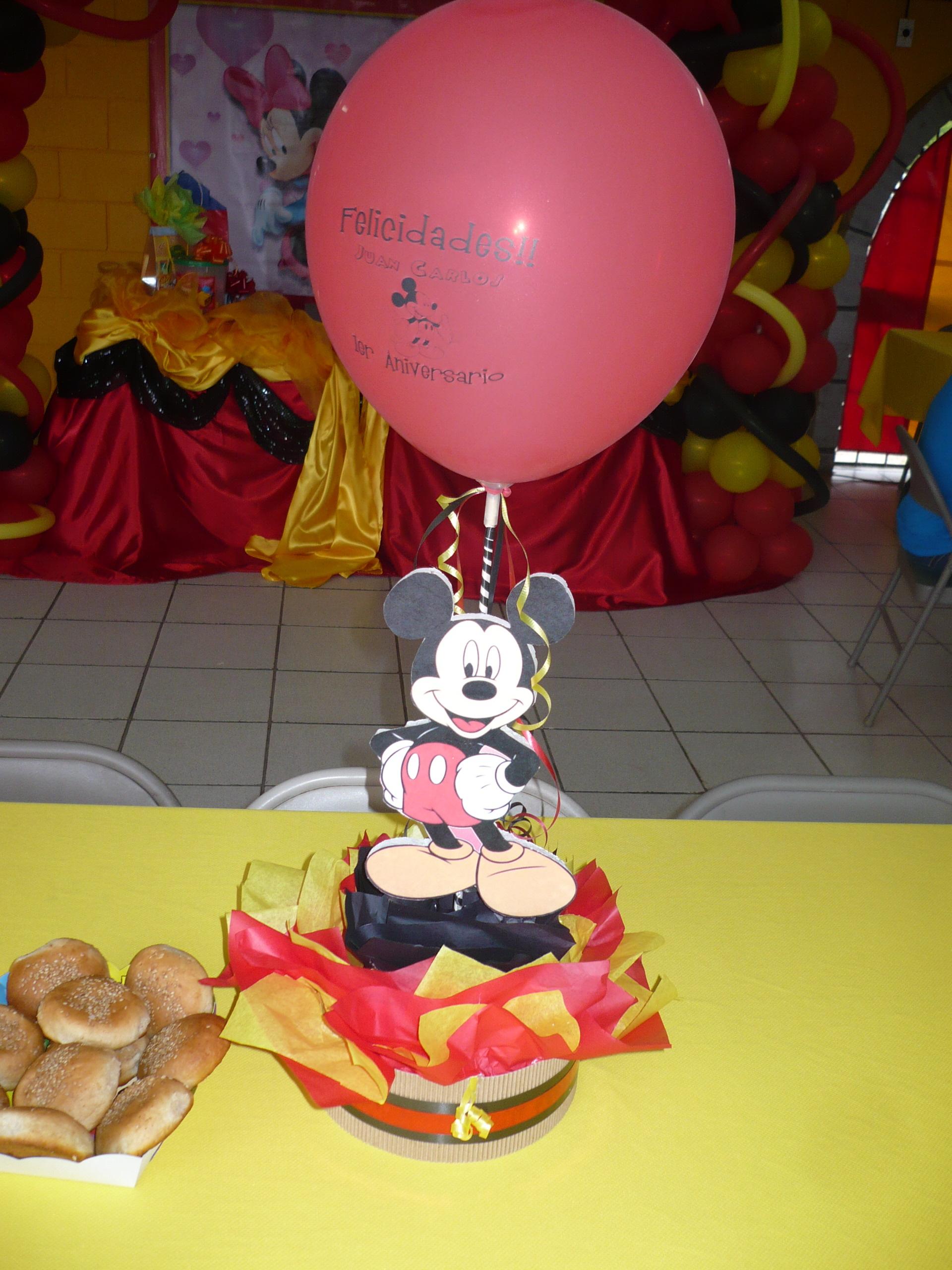 Centro de mesa Mickey Mouse 2 | El Castillo Amarillo, Local de Piñatas